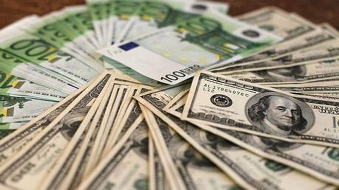 Fuerte repunte del dólar y euro en Colombia