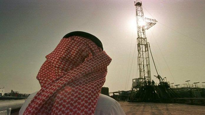 Arabia Saudita y sus aliados pueden llenar brecha de suministro de Irán y Venezuela