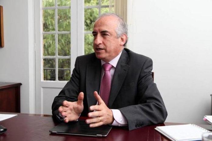 Leonardo Villar Gómez se posesionó como nuevo gerente general del Banco de la República