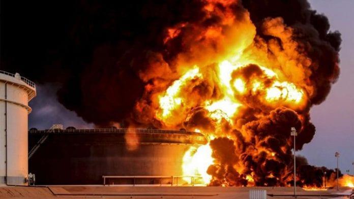 Producción de crudo de Libia se desploma a la mitad