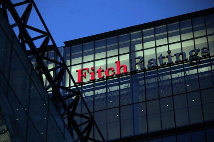 Aumentan riesgos crediticios en América Latina: Fitch