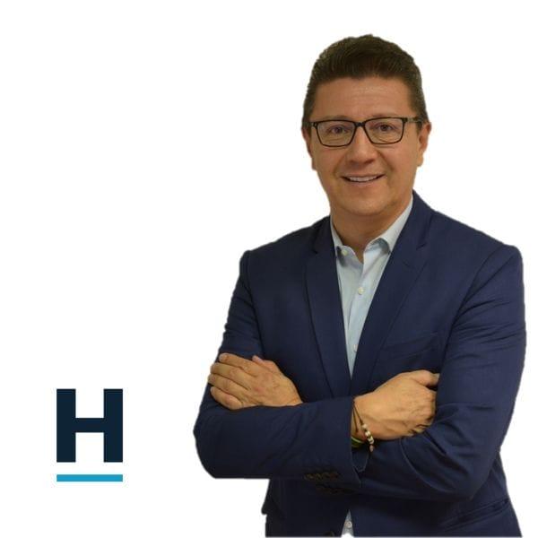 Luis Parra - CEO de la firma Grupo Holística