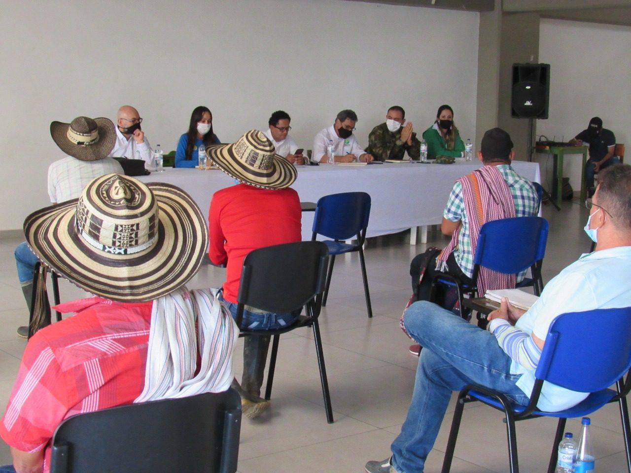 Habitantes de El Aro en Ituango (Antioquia) aprovecharán proyectos autosostenibles para erradicar cultivos ilícitos