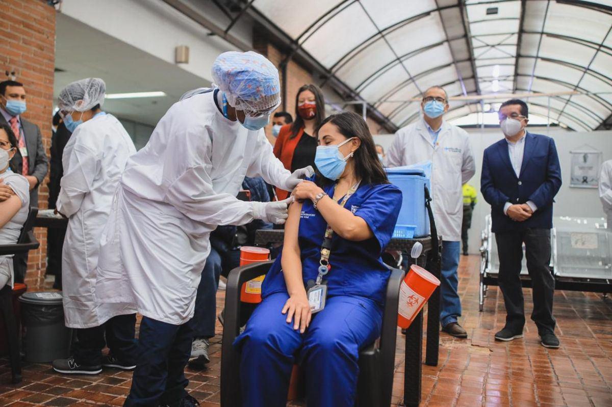 Esto pagarán en Colombia a IPS y hospitales por aplicar vacuna contra Covid-19